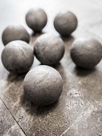 Grinding balls from Forsbacka Kulverk